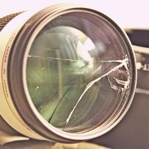 Broken Lens. Image by flikr user puuikibeach